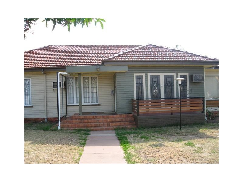 45 Queen Street, Roma, Qld 4455