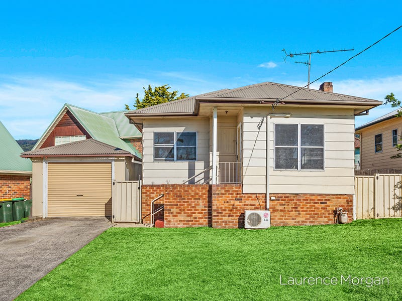8 Angus Street, Fernhill, NSW 2519