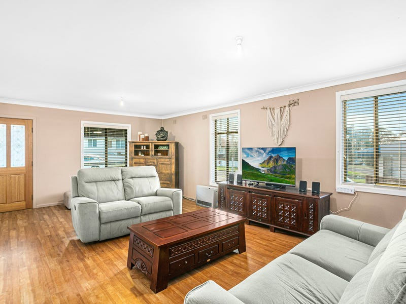 5 Narvo Street, Barrack Heights, NSW 2528