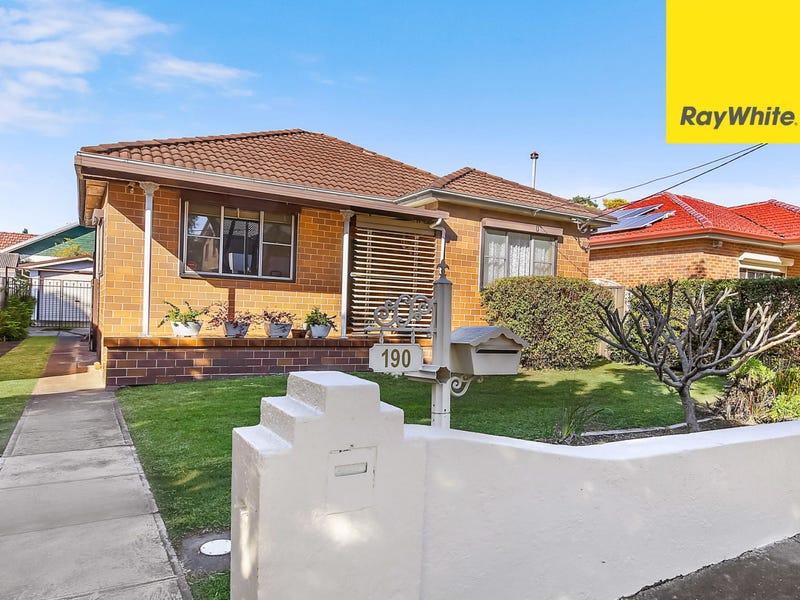 190 Bonds Road, Riverwood, NSW 2210
