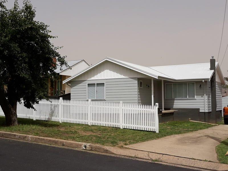 5 Hamley St, South Bathurst, NSW 2795