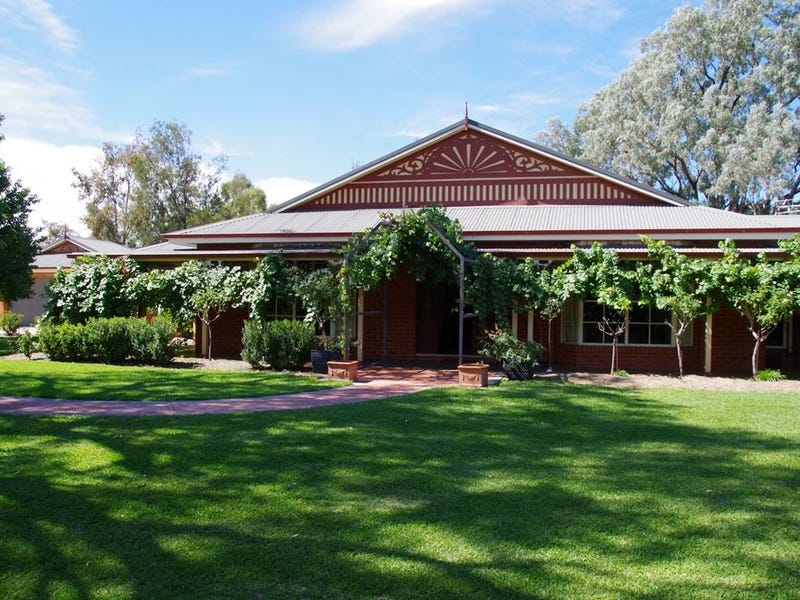 34 Boundary Street, Wee Waa, NSW 2388