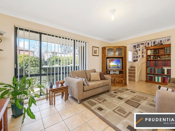 19 Glenfield Drive, Currans Hill, NSW 2567