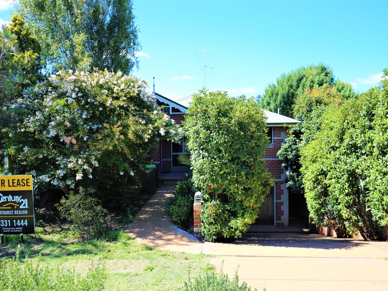 262 Peel Street, Bathurst, NSW 2795