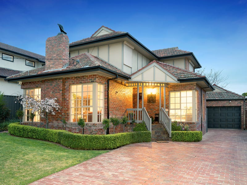 66 Hayes Road, Strathmore, Vic 3041