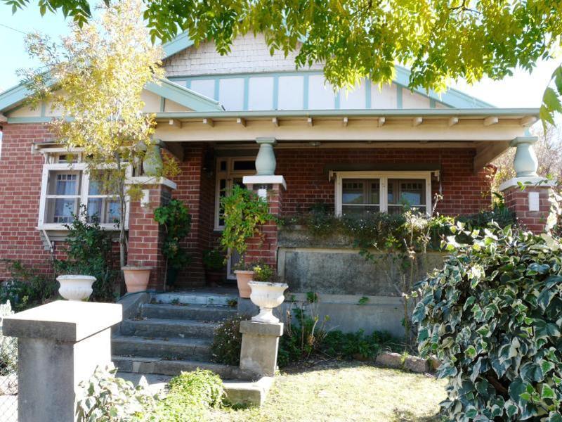 199 Stewart Street, Bathurst, NSW 2795