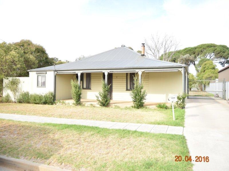 32 King Street, Corowa, NSW 2646