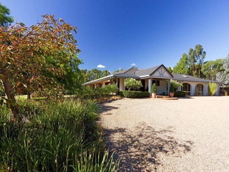 65 Lake Victoria Road, Paynesville, Vic 3880
