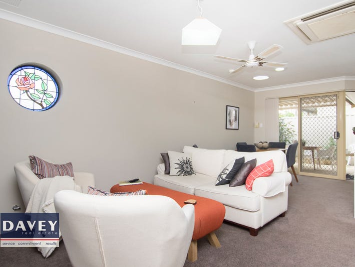 1/61 Ewen St, Scarborough, WA 6019