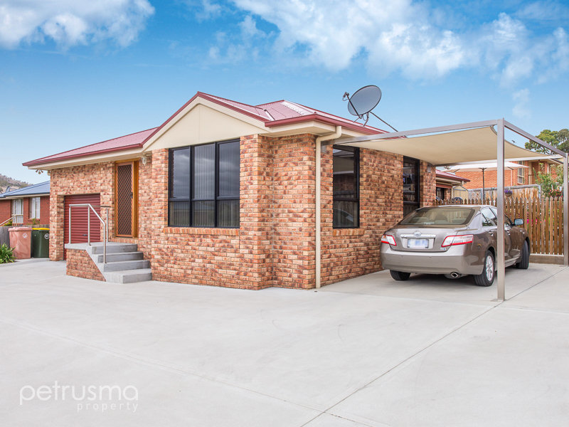 1/9 Phemie Court, Brighton, Tas 7030