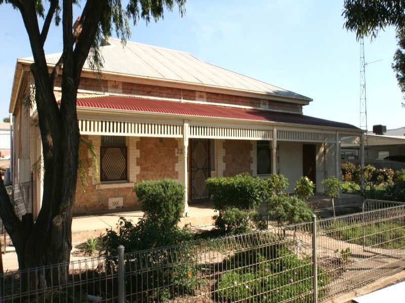 32 Port Road, Kadina, SA 5554