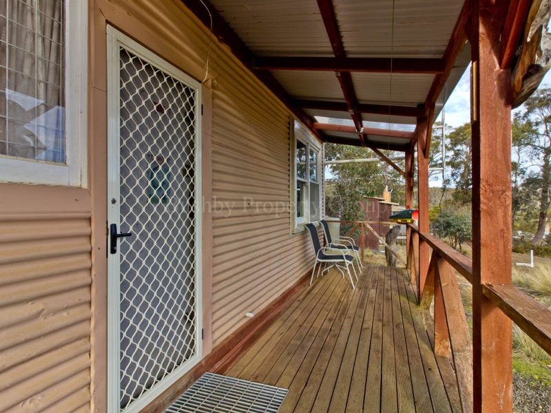 20 Lakeview Drive, Cramps Bay, Tas 7030