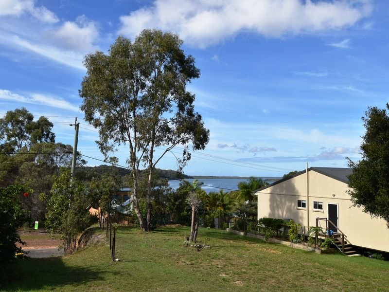 60 Prior Way, Russell Island, Qld 4184