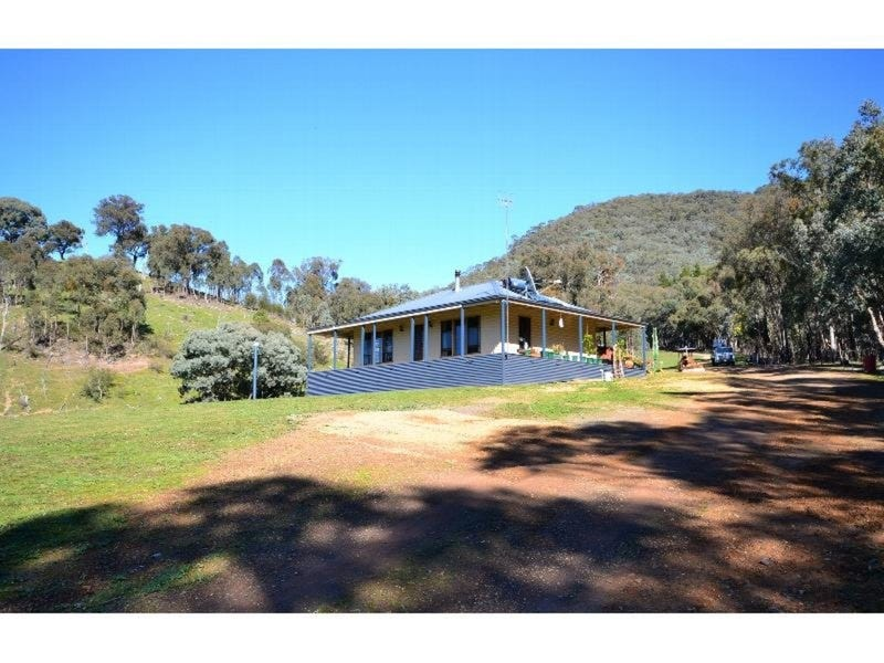1884 Mansfield-Wood Point Road, Macs Cove, Vic 3723