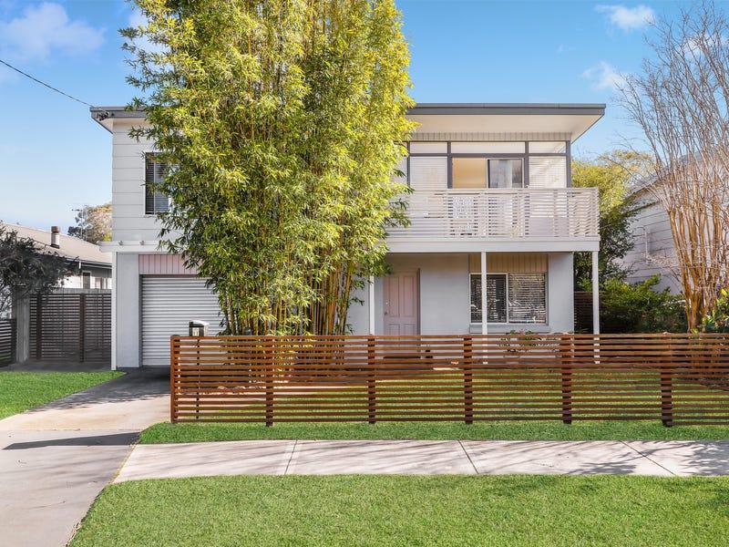 11 Windsor Road, Berkeley Vale, NSW 2261