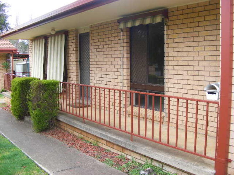 Units  12 Bell's Lane, Molong, NSW 2866