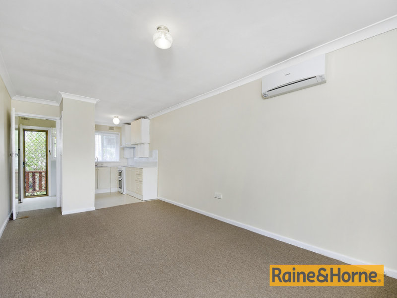 2/5 Woodlawn Ave, Mangerton, NSW 2500