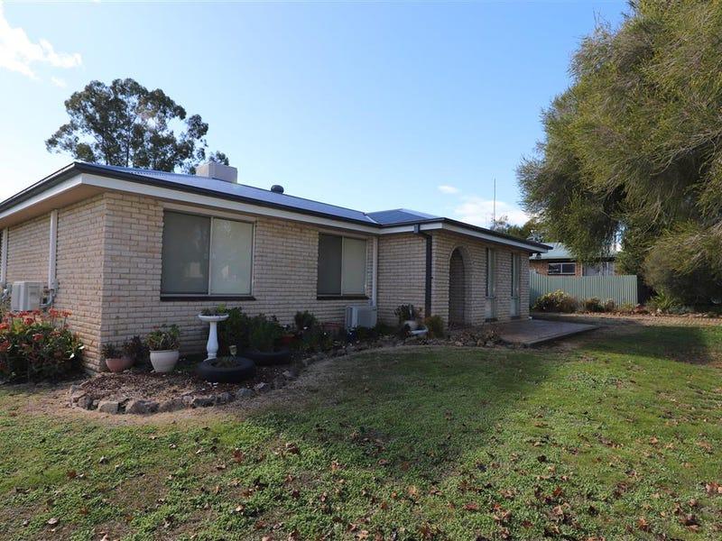 66 Lockhart Street, Adelong, NSW 2729