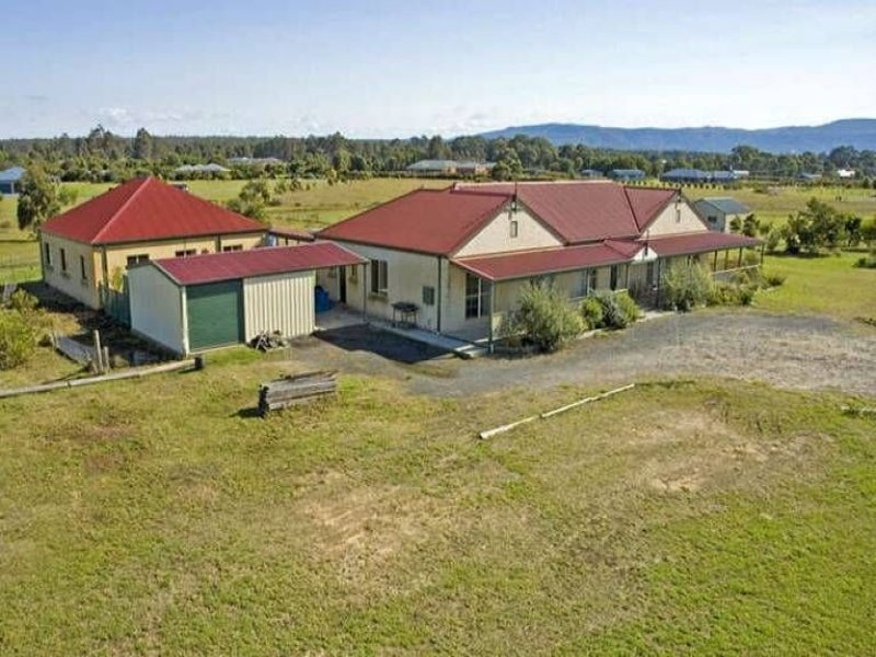 17 Pemberly Drive, Nowra Hill, NSW 2540