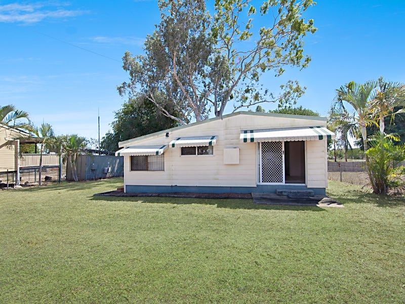 15 Jones Crescent, Nome, Qld 4816