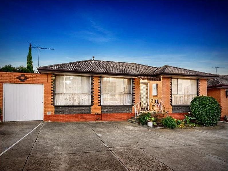 1/13 Arnold Court, Pascoe Vale, Vic 3044