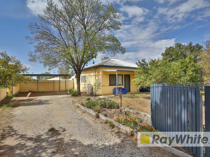 16 Thirteenth St, Mildura, Vic 3500