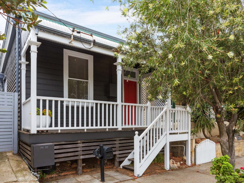 31 Thompson Road, North Fremantle, WA 6159