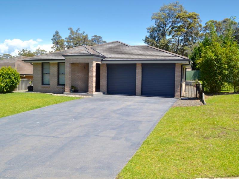 11 Tasman Park Close, St Georges Basin, NSW 2540