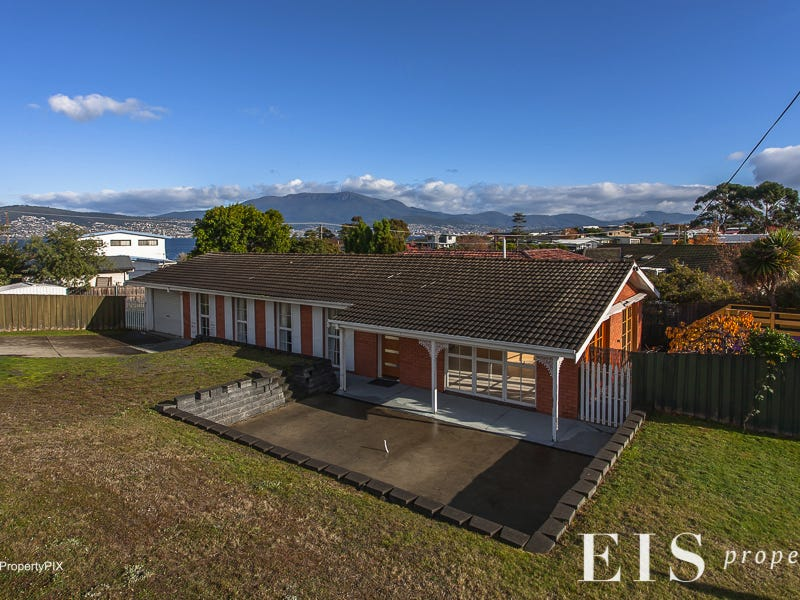 4 Carriage Sq, Howrah, Tas 7018