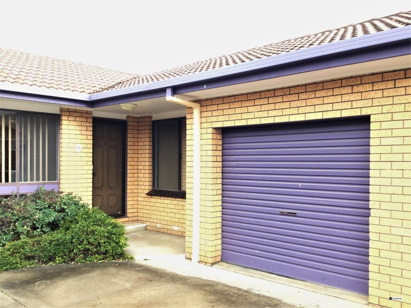 2/209 Baranbale Way, Lavington, NSW 2641
