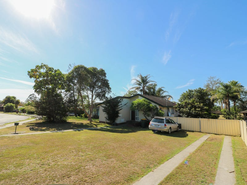 1 Pindari Crescent, Taree, NSW 2430