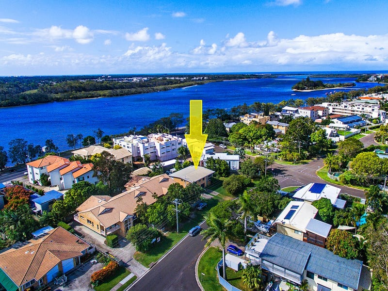 124 Broadwater Avenue, Maroochydore, Qld 4558