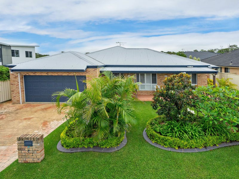 7 Shantull Drive, Wallabi Point, NSW 2430