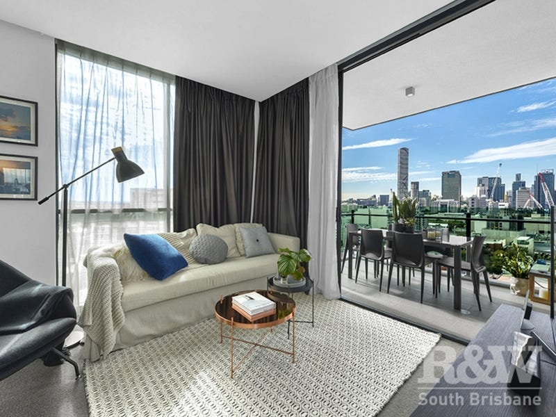 1805/4 Edmondstone St, South Brisbane