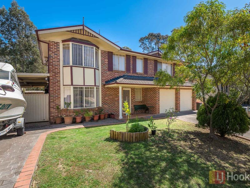 8 Whiteley Close, Casula, NSW 2170