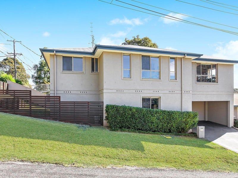 1/1 Talara Avenue East, Bateau Bay, NSW 2261