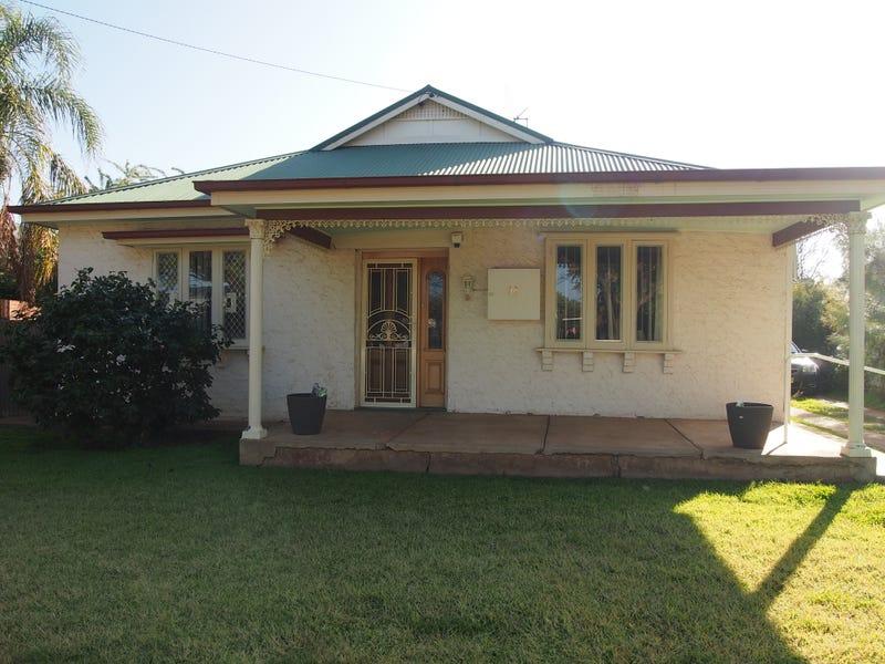 38 Close Street, Parkes, NSW 2870
