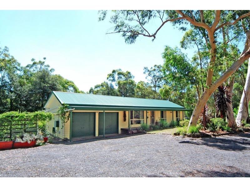 8 Hayward Road, Wandandian, NSW 2540