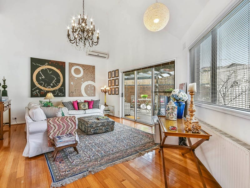 2/694-696 Riversdale Road, Camberwell, Vic 3124