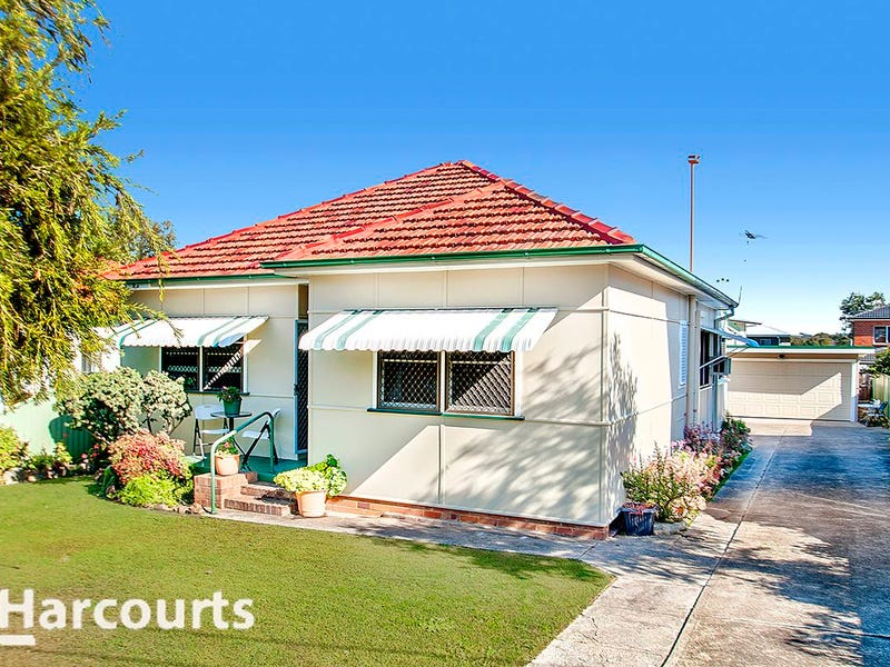 18 Hayes Avenue, Northmead, NSW 2152