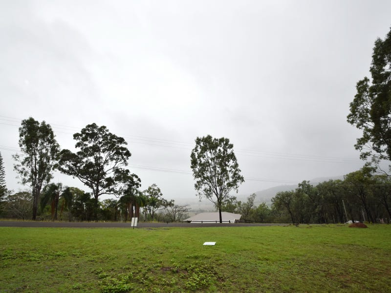 114 Lakeview Drive, Esk, Qld 4312