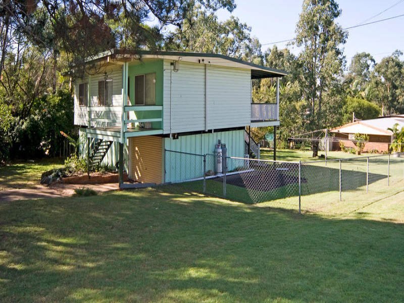 35 Frawley Drive, Redbank Plains, Qld 4301