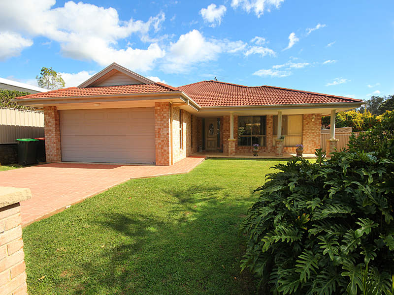 11 Dunlop Drive, Boambee East, NSW 2452