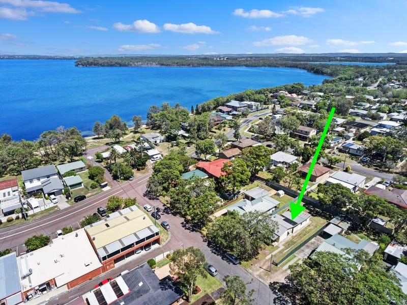 4 Alister Avenue, Lake Munmorah, NSW 2259