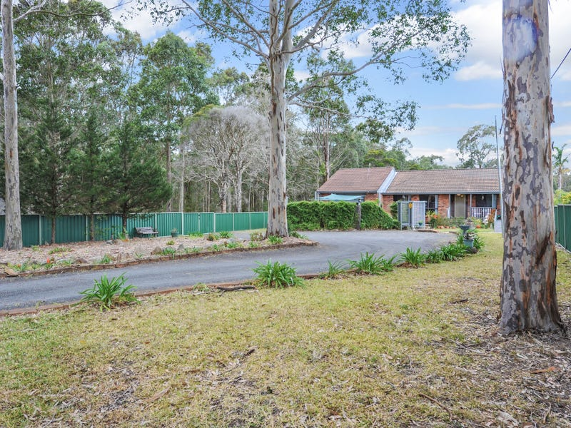 140 Albatross Road, Nowra Hill, NSW 2540