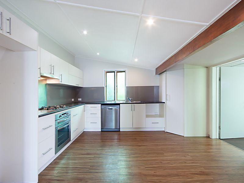 54 Bell Street, South Townsville, Qld 4810