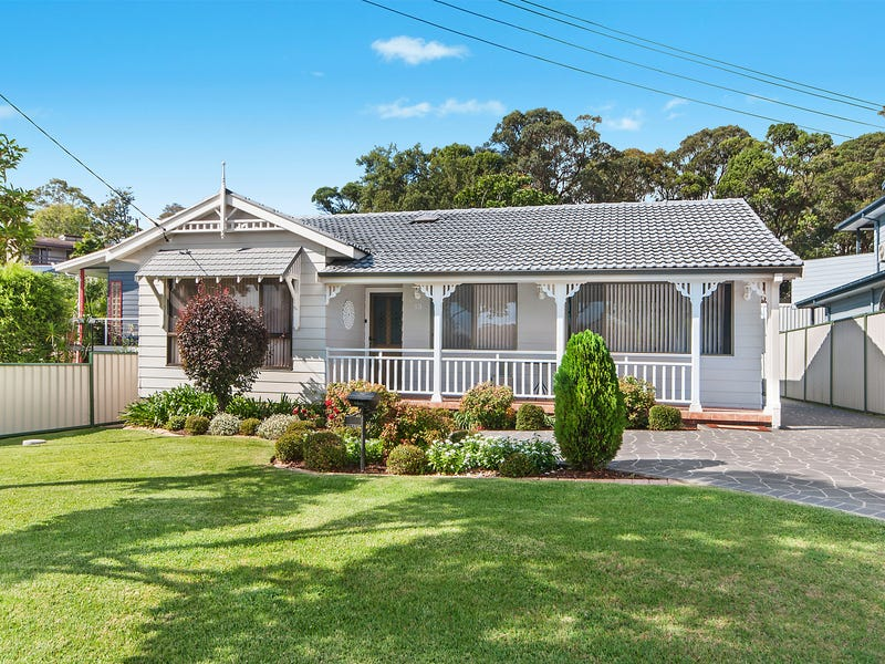 13 Roscoe Street, Kotara South, NSW 2289
