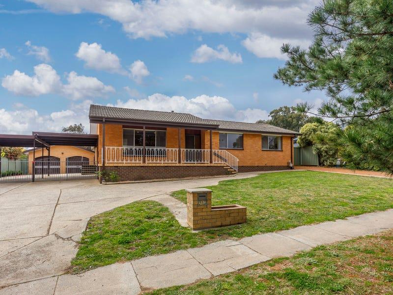 216 Southern Cross Drive, Latham, ACT 2615