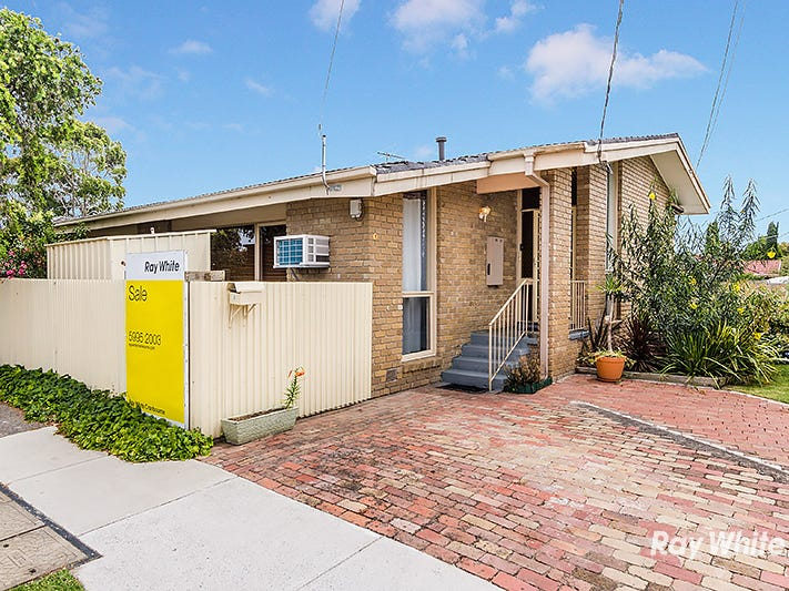 1 Delmont Court, Cranbourne, Vic 3977