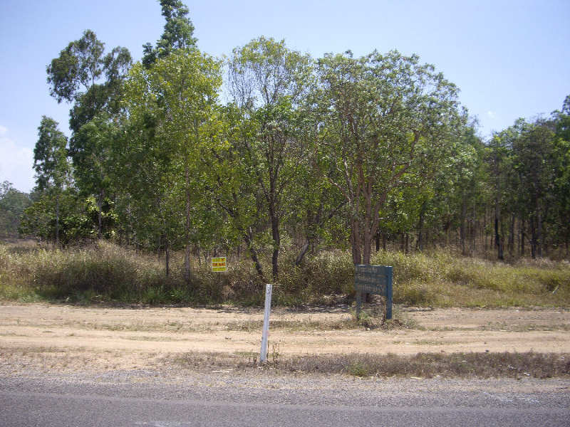 Cnr Abergowrie Rd & Sheahan's Rd,, Long Pocket, Qld 4850